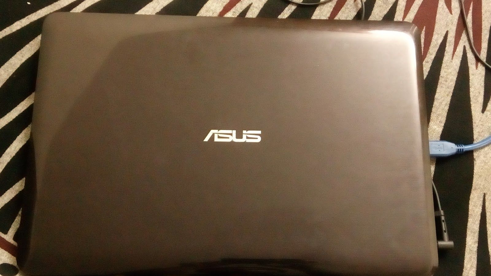 A Review of ASUS R558UF budget gaming laptop